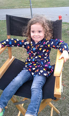 Audrey on Set-xsm
