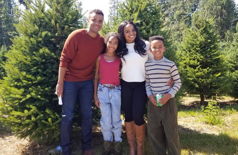 The Christmas Pact.Lifetime S The Christmas Pact Premiere Featuring Kiara